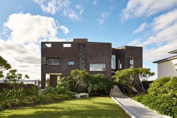 Applecross House by Iredale Pedersen Hook Architects.