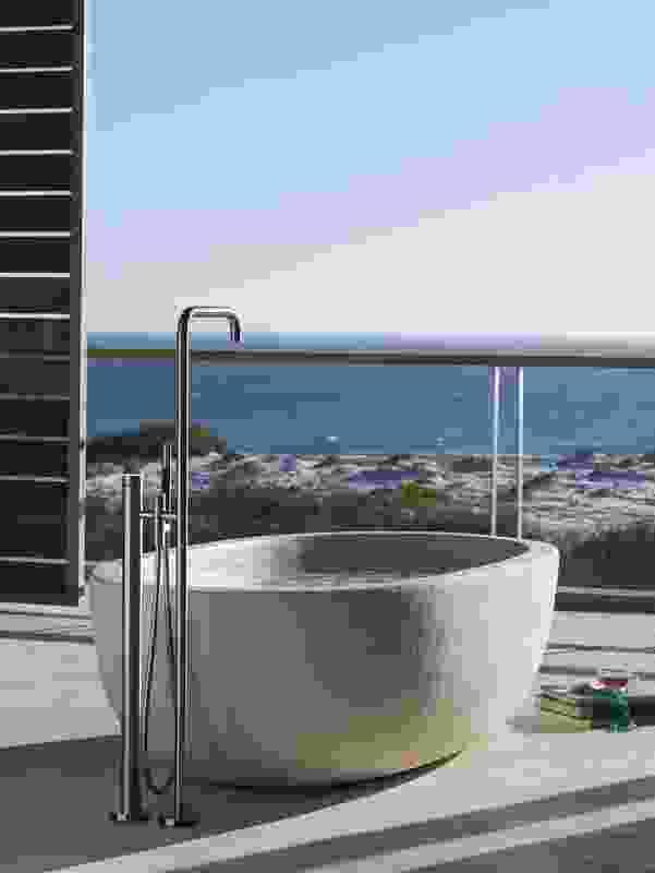 FS1 bath mixer with hand shower.