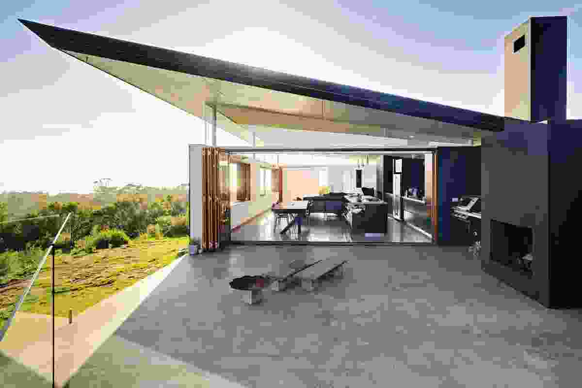New House over 200m² – Southern House by Fergus Scott Architects (NSW).