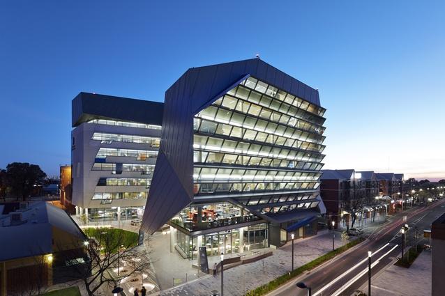 Jeffrey Smart Building, University of South Australia by John Wardle Architects in association with Phillips/Pilkington Architects.