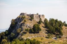 Competition to transform Italian castle into tourist resort