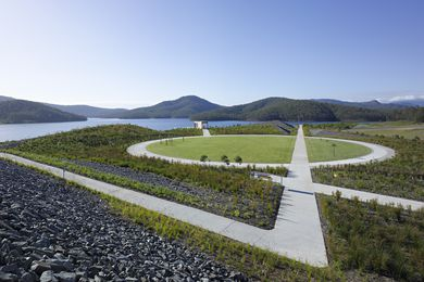 Hinze Dam Parkland, Advancetown, Gold Coast, Qld, by Hinze Dam Alliance Team – AECOM and Malcolm Middleton Architects