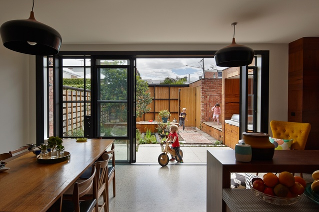Cubo House by PHOOEY Architects.