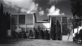 Littlemore House, Woollahra, Sydney, 1983-6. Assistant Wendy Lewin. Image: Max Dupain.