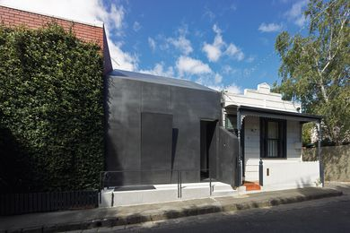Law Street House by Muir Mendes.