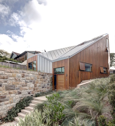 Ridge Contour House – Matthew Gribben Architecture.
