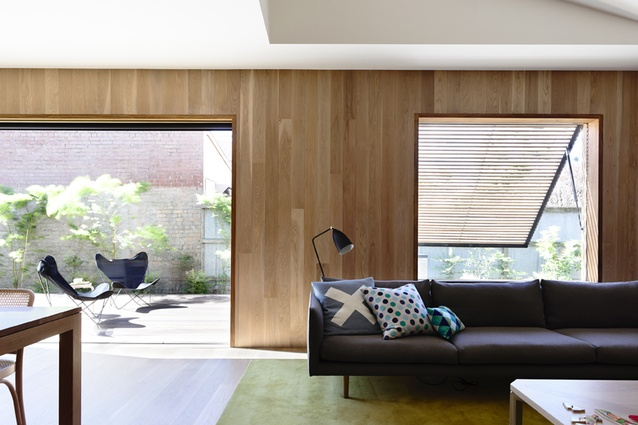 East West House by Rob Kennon Architects.