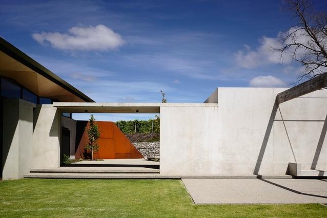 Main Ridge Residence by McAllister Alcock Architects.