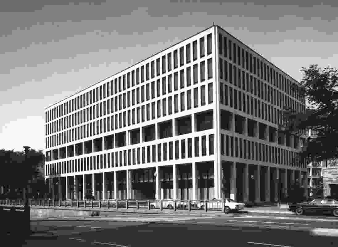 The existing Australian embassy building in Washington DC designed by Bates, Smart and McCutcheon in 1964.