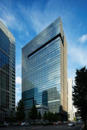 Kohn Pedersen Fox Associates designed the building's exterior envelope.