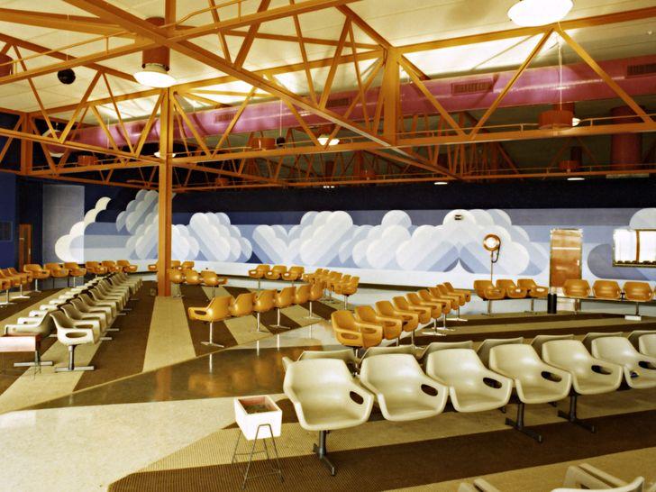 Interior of Brisbane Airport's temporary international terminal at Eagle Farm (1975).