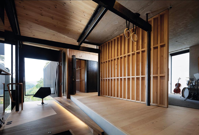 Skilful detailing in rare Tasmanian timber is beautifully juxtaposed with blackened steel.