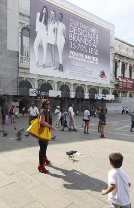 Bargain hunter. Venice, 26 August.