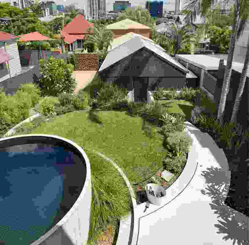 Garland Garden by Landscapology.