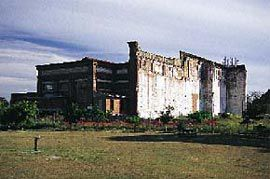 The New Farm Powerhouse in November 1998, prior to refurbishment.