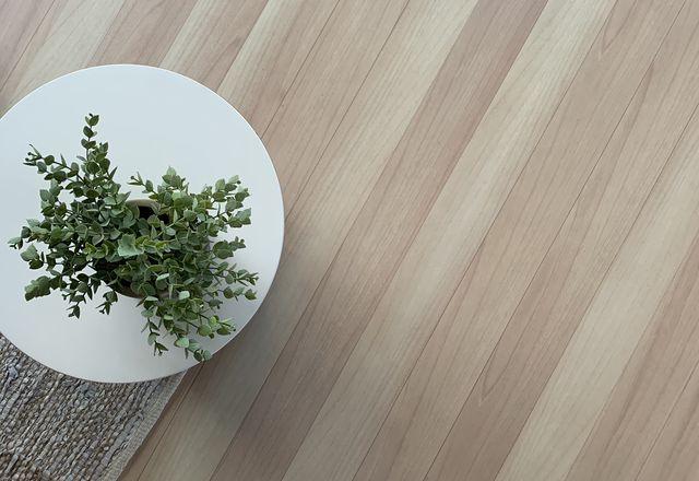 Decofloor铝制地板。