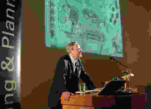 威廉约翰米切尔,1944  -  2010年