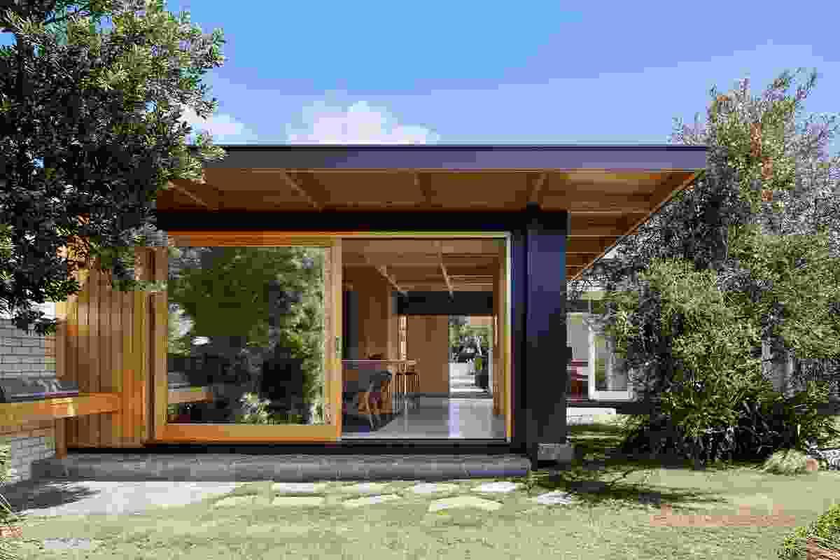 Dark Light House by MRTN Architects.