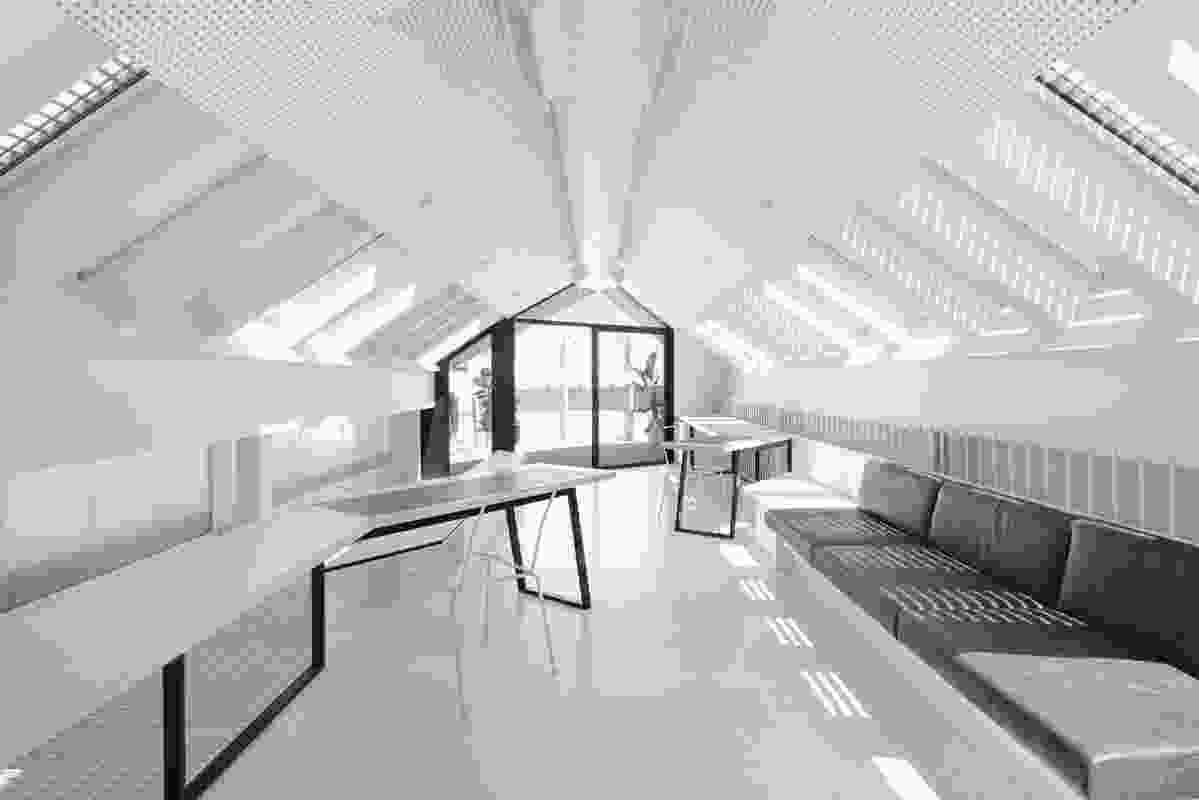 South Terrace Mezzanine House by Philip Stejskal Architecture.