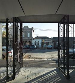 View from the arcade through decorative metal gates to Kerr Street.Image: Peter Bennetts.