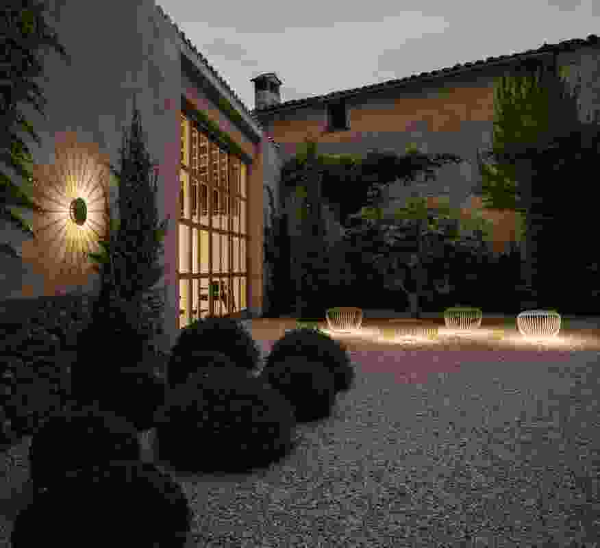 Meridiano collection of outdoor floor and wall lamps.