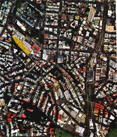 Aerial view showing the plan location of St Vincent's within the dense innerurban environment.