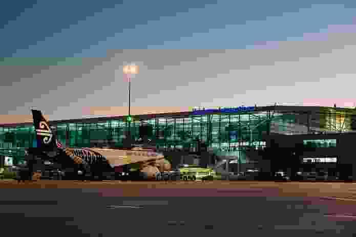 Brisbane Airport International Terminal by Bligh Voller.