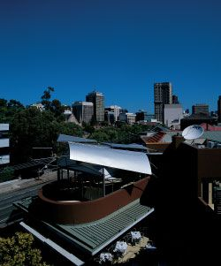Parasite Roof, the Union Hotel, North Sydney, 1998. Photographer: Anthony Browell.